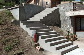 Installation d un escalier exterieur fourniture et pose for Escalier exterieur en beton