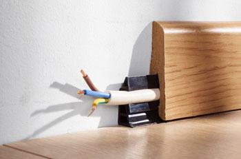plinthe pour cable electrique cables pti inc lectrique avec baguettes et plinthes en pvc les. Black Bedroom Furniture Sets. Home Design Ideas