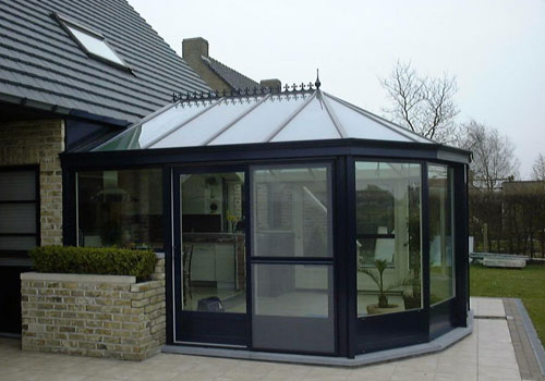 installation de veranda fourniture et installation a. Black Bedroom Furniture Sets. Home Design Ideas